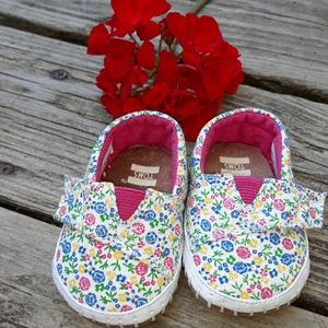 Tom's Baby Shoes (Girls) Size 1